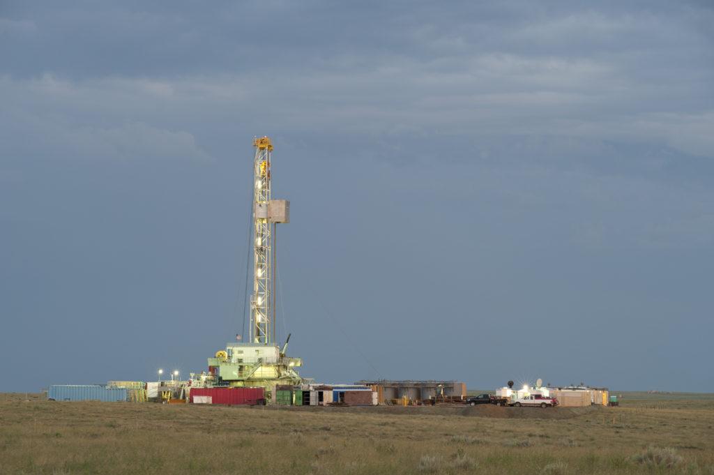 In einer US-amerikanischen Studie zeigte sich, dass das Asthma-Risiko in der Nähe von Frackinganlagen um bis zu viermal höher sein kann, als unter normalen Bedingungen. (Bild: jon_mullen/fotolia.com)