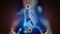 Beim Fußball sind Verletzungen durchaus keine Seltenheiten, wobei Muskelverletzungen in der Regel mehrer Wochen körperliche Schonung erforderlich machen. (Bild: videodoctor/fotolia.com)