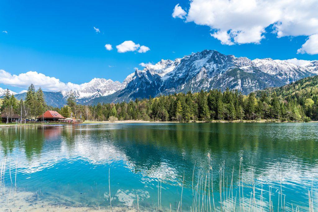 Heilkuren in den Alpen. Bild: Garmisch-Patenkirchen - Andy Ilmberger - fotolia