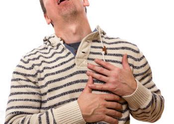 Herzstechen tritt oft plötzlich auf und lässt viele Betroffene sofort an einen Herzinfarkt denken. (Bild: SENTELLO/fotolia.com)