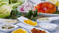 Nahrungsergänzungsmittel müssen nicht immer unserer Gesundheit gut tun. Es gibt auch Inhaltsstoffe die uns durchaus Schaden können. Außerdem sind ernsthafte Folgen durch eine Überdosierung nicht auszuschließen. (Bild: pat_hastings/fotolia.com)