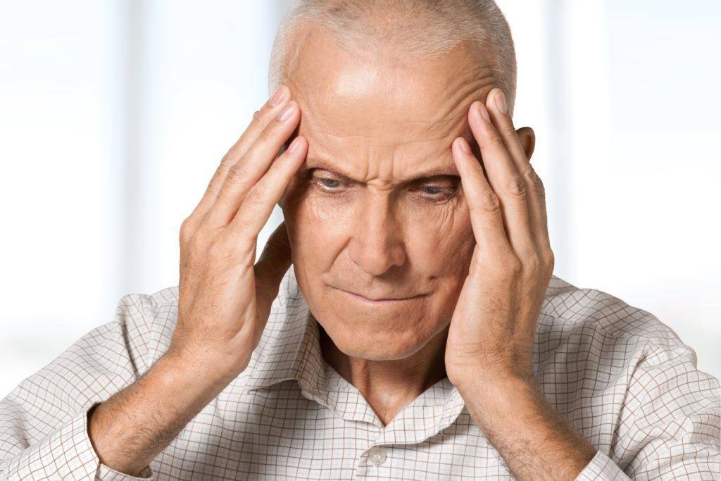 Ein Schlaganfall ist eine gefährliche Erkrankung, die sogar zum Tode führen kann. Es gibt aber einfache Richtlinien, welche Sie vor einem Schlaganfall schützen können. (Bild: BillionPhotos.com/fotolia.com)