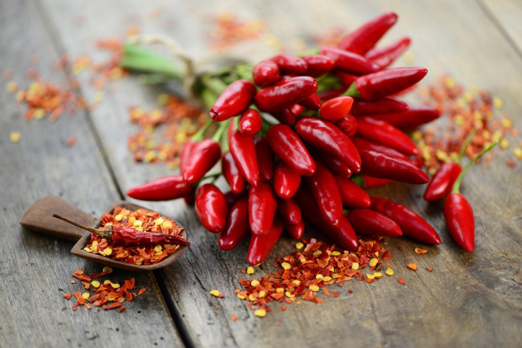 Chilis können den Blutdruck senken und helfen beim Abnehmen. Bild: photocrew - fotolia