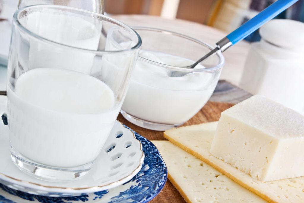 Regelmäßiger Konsum von Joghurt kann den Blutdruck senken. Allerdings nur bei Frauen. Bild: PhotoSG - fotolia