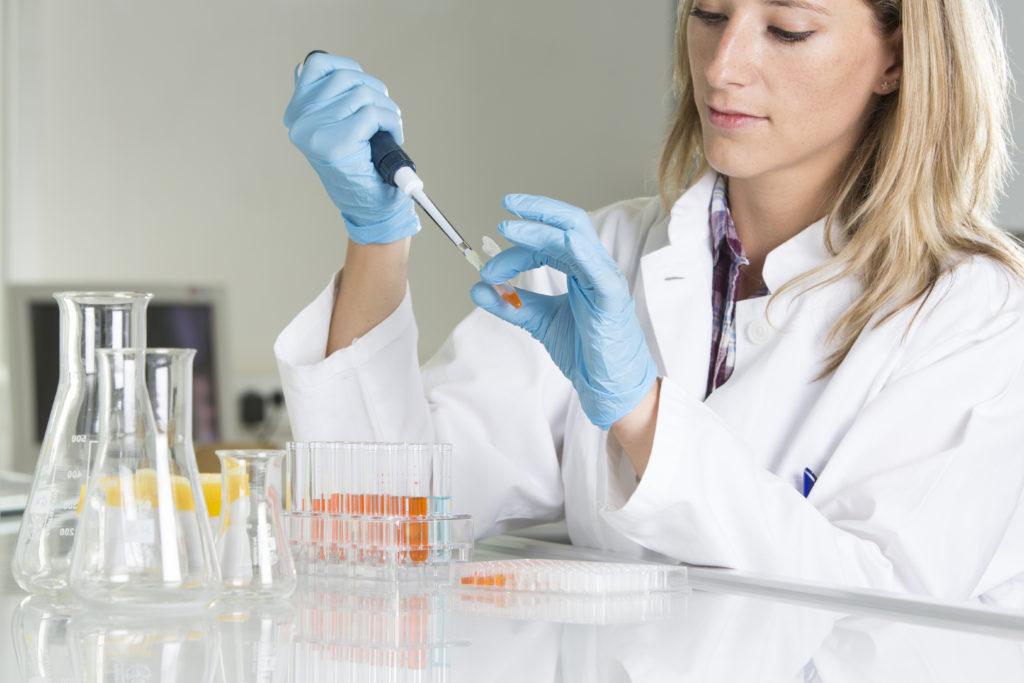 In hunderten US-Kliniken werden offenbar nicht-genehmigte Stammzellen-Behandlungen direkt an die Patienten verkauft. (Bild: mmphoto/fotolia.com)