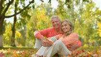 Unser Körper baut im alter ab. Auch unser Erinnerungsvermögen wird im allgemeinen nicht besser wenn wir älter werden. Mediziner fanden aber jetzt heraus, dass unsere psychische Gesundheit im alter ansteigt. (Bild. aletia2011/fotolia.com)