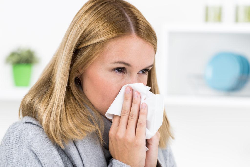 Forscher haben herausgefunden, dass der Zeitpunkt der Ansteckung eine wichtige Rolle bei der Schwere einer Virusinfektion spielt. (Bild: Picture-Factory/fotolia.com)