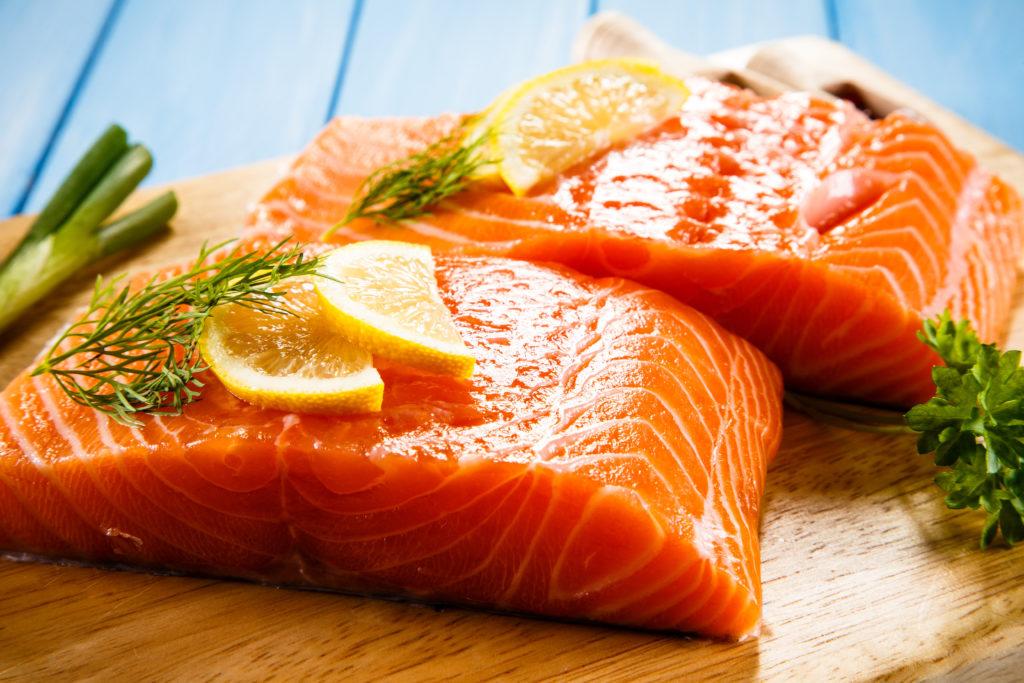 Fisch sollte oft gegessen werden. Bild: Jacek Chabraszewski - fotolia