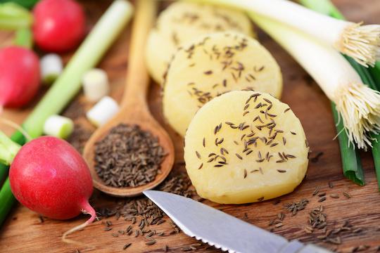 Kaum Fett, viel Eiweiß und ein paar Kümmel für die gute Verdauung. Bild: photocrew - fotolia