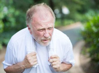Kein Luft, Keuchen und Hecheln: Anzeichen von Kurzatmigkeit. Bild: nandyphotos - fotolia