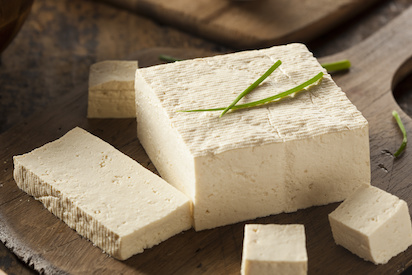 Tofu ist der perfekte Eiweißlieferant! Bild Brent Hofacker - fotolia