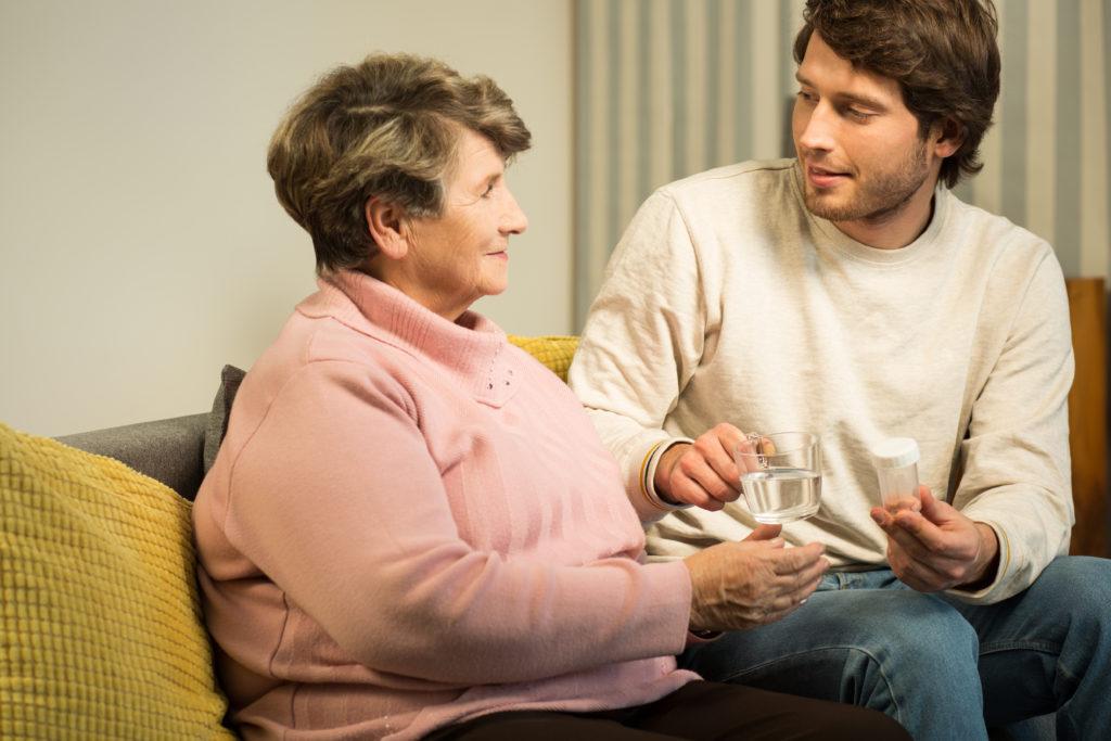 Allein in Deutschland leiden rund 1,5 Millionen Menschen an Demenz. Die Zahl der Patienten wird weiter steigen. Vor allem für jüngere Demenzkranke fehlen schon jetzt Betreuungsmöglichkeiten. (Bild: Photographee.eu/fotolia.com)