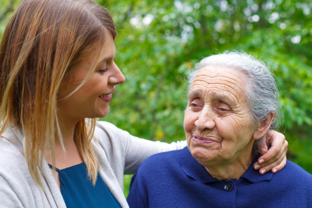 Demenz betrifft meist alte Menschen. Mediziner stellten fest, dass immer mehr verstorbene Menschen auf der Welt zuvor an Demenz litten. (Bild: Ocskay Mark/fotolia.com)