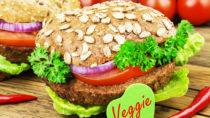 Vegetarische Schnitzel, Würstchen oder Burger werden immer beliebter. Die Stiftung Warentest hat nun einige Fleischersatzprodukte getestet und in einigen Mineralölbestandteile gefunden. (Bild: PhotoSG/fotolia.com)