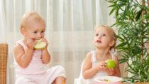 """Kinderärzte haben vor einem """"Diäten-Hype"""" gewarnt. Einschneidende Ernährungsumstellungen könnten zu erheblichen Störungen bei Kindern führen. (Bild: Svetlana Fedoseeva/fotolia.com)"""