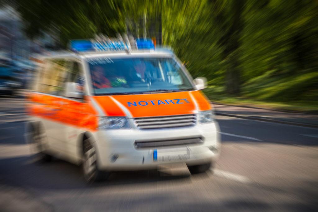 Im niedersächsischen Braunschweig sind fünf Kinder und Jugendliche nach dem Konsum von Kräutermischungen im Krankenhaus gelandet. Ein 14-Jähriger musste auf die Intensivstation verlegt werden. (Bild: Jörg Hüttenhölscher/fotolia.com)