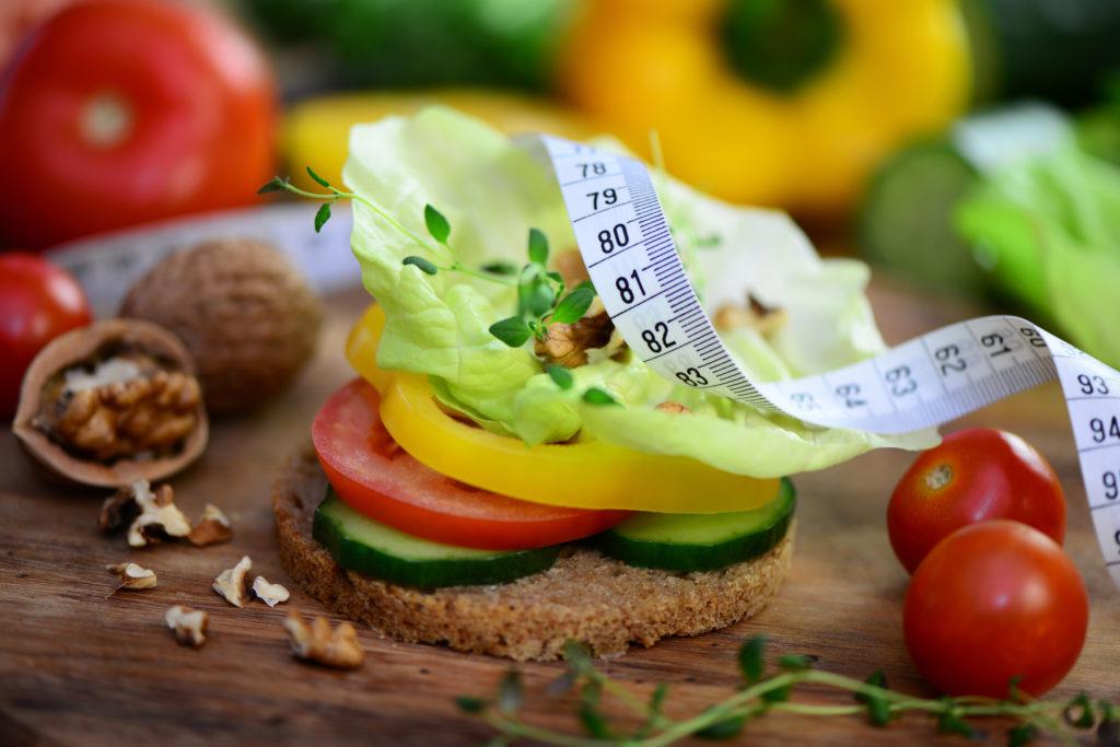 Vollwert, Biologisch, Zuckerfrei: Immer mehr Menschen achten auf eine gesunde Ernährung. Bei manchen wird das Verlangen danach krankhaft. Experten sprechen dann von der Essstörung Orthorexie. (Bild: Printemps/fotolia.com)
