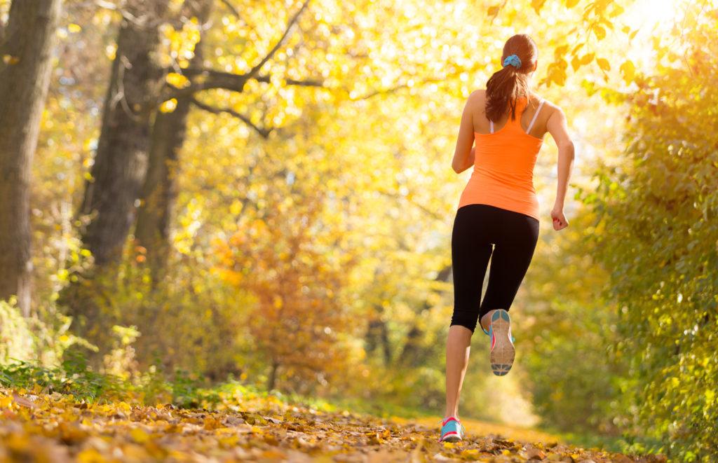Es ist nachweislich gesund, regelmäßig Sport zu treiben. Es kommt dabei aber auf das richtige Maß an. Zu viel des Trainings führt schon bald zu Überbelastung und erhöht das Verletzungsrisiko. (Bild: Jag_cz/fotolia.com)