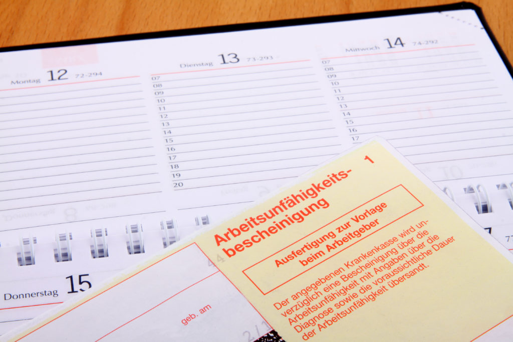 Der aktuelle Fehlzeiten-Report des Wissenschaftlichen Instituts der AOK (WIdO) zeigt, dass unzufriedene Arbeitnehmer öfter krank sind. (Bild: Thomas Siepmann/fotolia.com)
