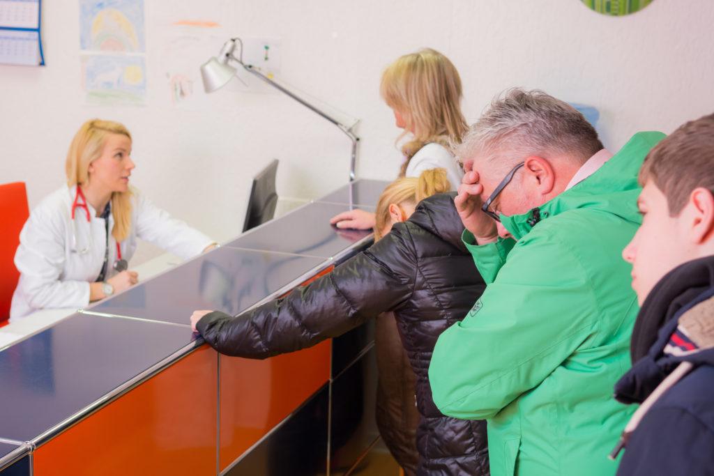 Kassenpatienten müssen sehr viel länger auf einen Facharzttermin warten. Bild: Picture-Factory - fotolia