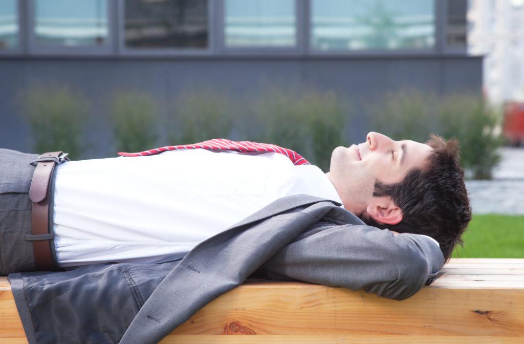 Ein langer Mittagsschlaf könnte einer neuen Studie zufolge das Risiko für Diabetes erhöhen. (Bild: Daniel Ernst/fotolia.com)