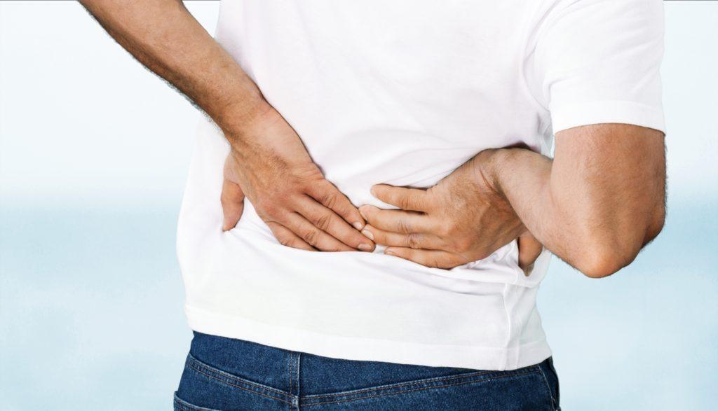 Rückenschmerzen sind zu einem richtigen Volksleiden geworden. Fast jeder zweite Bundesbürger hat im vergangenen Jahr wegen Muskel-Skelett- oder Bindegewebserkrankungen eine Arztpraxis aufgesucht. (Bild: BillionPhotos.com/fotolia.com)