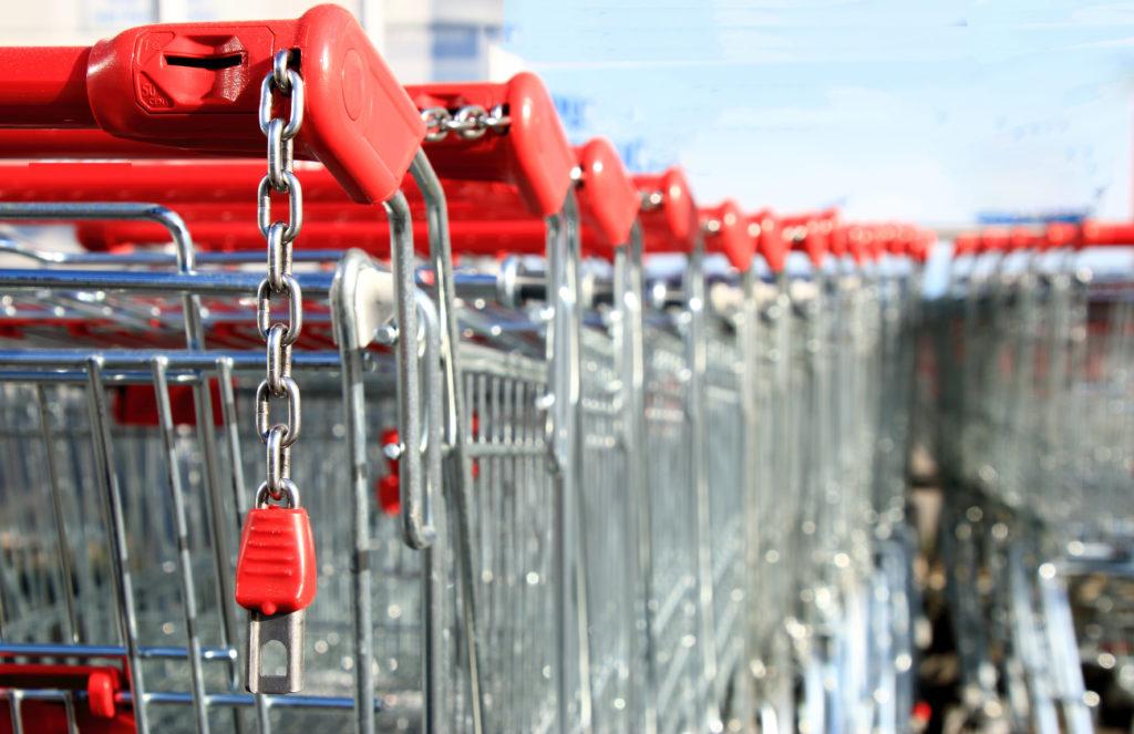 Die Firma Anatol ruft über 5.000 Gläser eines eingelegten Mischgemüses zurück. In den betroffenen Produkten könnten sich Glassplitter befinden. Die Gläser waren bei Kaufland im Verkauf. (Bild: mitifoto/fotolia.com)