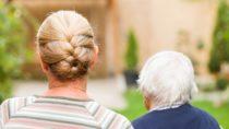 Krebs ist die mit Abstand gefürchtetste Krankheit der Deutschen. Vor allem Menschen in mittleren Jahren und Frauen haben Angst vor einem Tumor. (Bild: Ocskay Bence/fotolia.com)