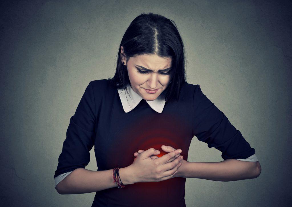 Dauerhafter Stress ist ein bedeutsamer Risikofaktor für Herz-Kreislauf-Erkrankungen wie Herzinfarkt. Stressabbau trägt dazu bei, das Herz zu schützen. (Bild: pathdoc/fotolia.com)