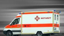 Einem aktuellen Bericht zufolge werden viele Herzinfarkt-Patienten in Deutschland nicht optimal versorgt. Bei der Einlieferung sollte der Rettungswagen die am besten geeignete Klinik ansteuern. (Bild: Thaut Images/fotolia.com)