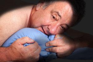 Wer nachts aufwacht, den plagen oft düstere Gedanken (Edler von Rabenstein/fotolia.com)