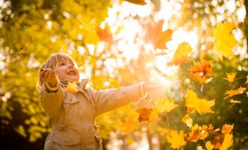 Nicht die Sternzeichen, sondern die Sonne beeinflusst die Kinder (Martinan/fotolia.com)