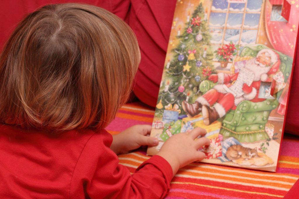 Ungesund für Kinder? Schokolade im Adventskalender. Bild: lagom - fotolia
