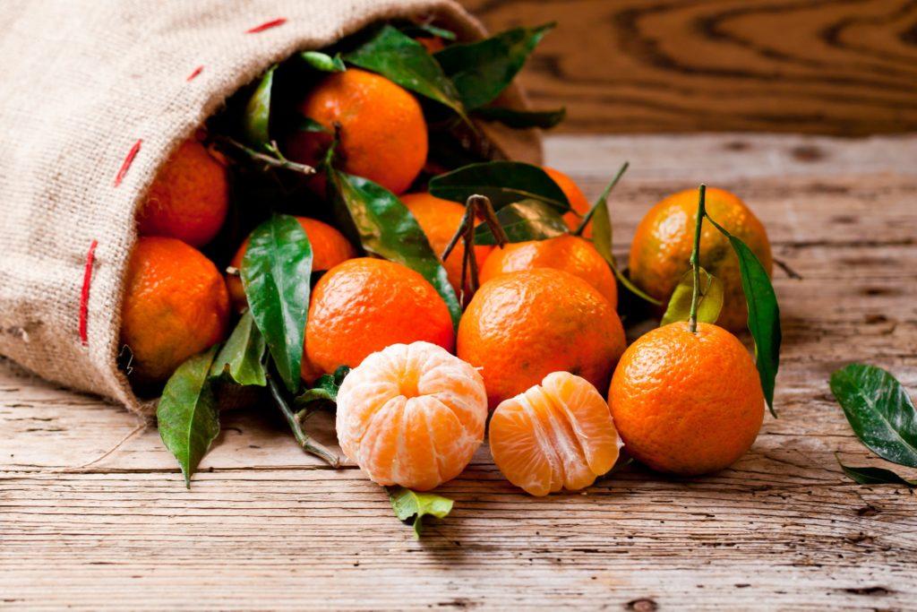 gesunde ern hrung worin sich clementinen und mandarinen unterscheiden. Black Bedroom Furniture Sets. Home Design Ideas