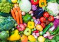 Laut einer neuen Studie wird durch einen hohen Obst- und Gemüsekonsum das psychische Wohlbefinden gesteigert. (Bild: travelbook/fotolia.com)