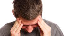 Stechende Kopfschmerzen - Stechen im Kopf: Ursachen und..