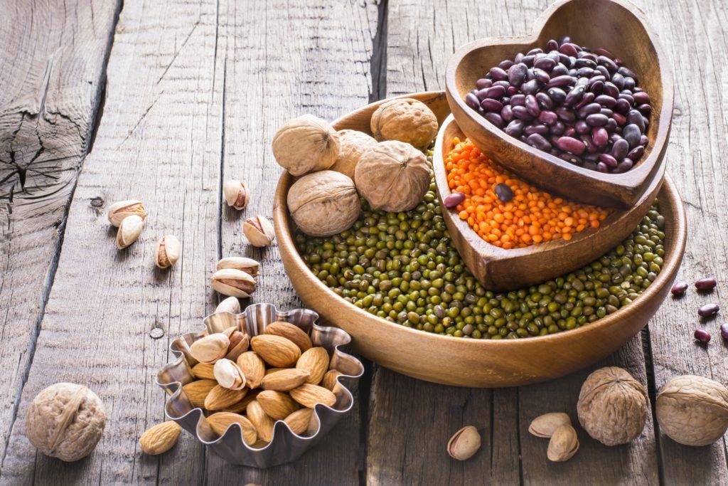 Nüssen und Hülsenfrüchte
