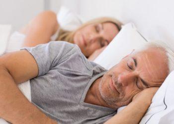 Ausreichend Schlaf ist sehr wichtig, um das Immunsystem fit zu halten. (Bild: Rido/fotolia.com)