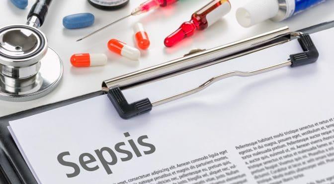 Klemmbrett mit Informationen zu Sepsis und Medikamente