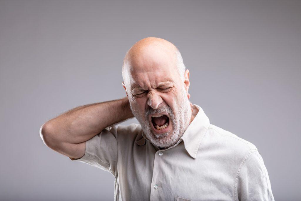Kopfschmerzen vom Hinterkopf ausstrahlend - Symptome, Ursachen ...