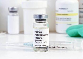Die Impfungen gegen HPV werden für Mädchen und Jungen im Alter von neun bis vierzehn Jahren empfohlen. (Bild: Sherry Young/fotolia.com)