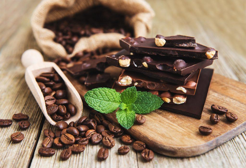 regelrechter jungbrunnen schokolade kaffee oder tee mit zink leisten schutz vor oxidativem. Black Bedroom Furniture Sets. Home Design Ideas