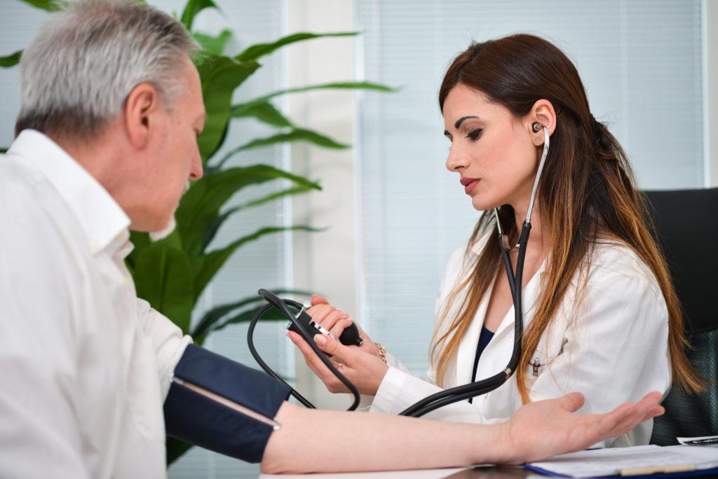 Bluthochdruck: Den Blutdruck senken ist nicht immer gesundheitlich vorteilhaft