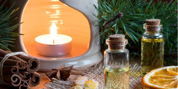 Eine Duftlampe mit Zimtöl und Orange