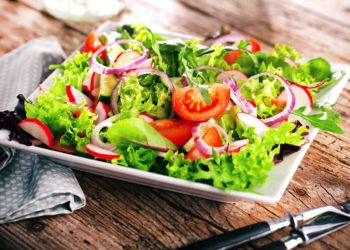 Laut einer aktuell publizierten Studie im Fachjournal des American College of Cardiology kann eine pflanzliche Ernährung das Herzinsuffizienzrisiko um über 40 Prozent reduzieren. (Bild: karepa/fotolia.com)