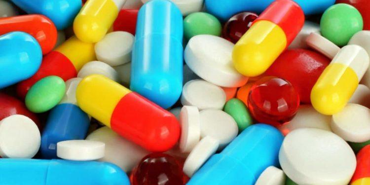 Verschiedene bunte Medikamente