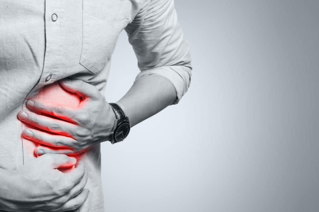 Männlicher Rumpf mit Schmerzen links