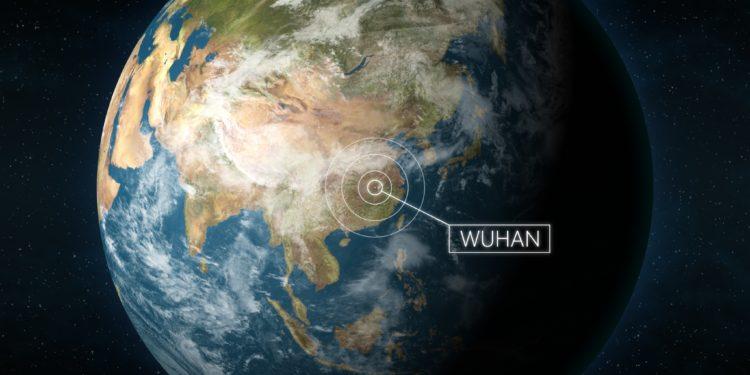 3D-Illustration der Erde mit Kennzeichnung der chinesische Stadt Wuhan.