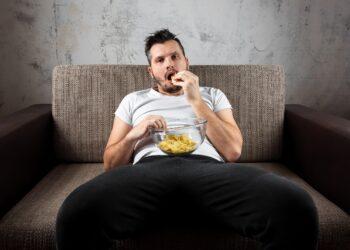 Kann es Vorteile für das Gehirn haben, wenn Menschen den größten Teil ihrer Zeit sitzen und nur wenig körperliche Aktivität ausüben? (Bild: Aliaksandr Marko/Stock.Adobe.com)