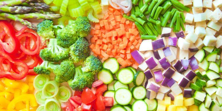 Verschiedenes kleingeschnittenes Gemüse